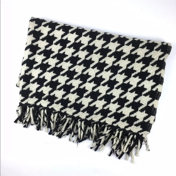 Faribault Woolen Mills Other - Faribault Woolen Mills Houndstooth Throw Blanket
